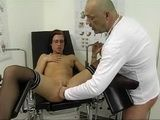 Kinky Gynecologist Gives Full Vagina Inspection To Female Patient