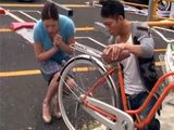 Boy Helped Japanese Housewife With A Broken Bike On The Street And Gets Fine Rewarded