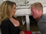 Cheating Wife Knows How To Stimulate A Plumber Somehow To Work His Job Properlly